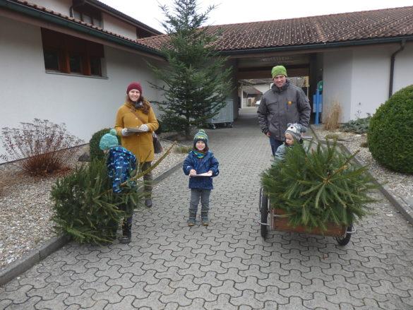 Weihnachtsbaumverkauf und -markt 14.12.2018